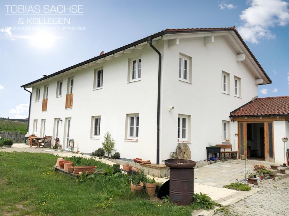 Geräumiges, zeitgemäßes Zweifamilienhaus mit zusätzlichem Baugrund 84439 Steinkirchen, Zweifamilienhaus