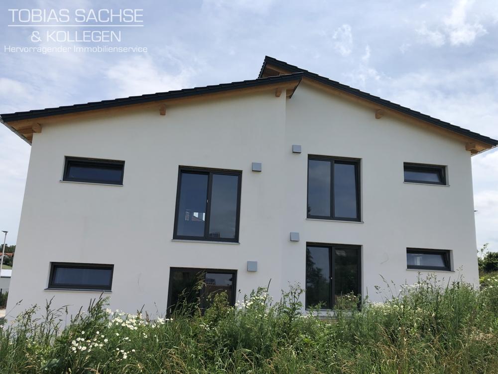 MODERNE, SCHLÜSSELFERTIGE DOPPELHAUSHÄLFTE: Neubau/ ansprechende Architektur/ herrliche Lage 94081 Fürstenzell, Doppelhaushälfte