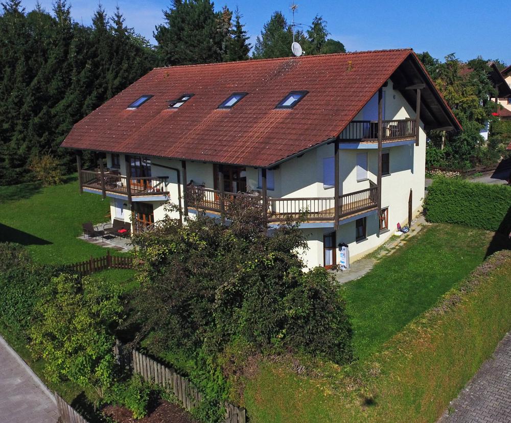 Solide Kapitalanlage -Mehrfamilienhaus (BJ 1992) mit 6 Wohneinheiten in Neuhaus am Inn 94152 Neuhaus am Inn, Mehrfamilienhaus